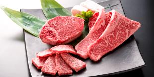 ステーキ(各100g)